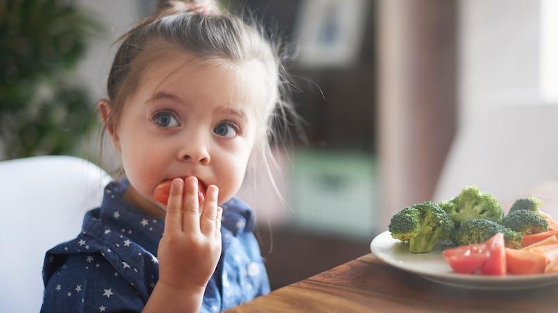 Les 9 bonnes habitudes alimentaires à suivre selon une autorité sanitaire