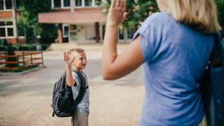 Soutenir son enfant à l'école sans le surprotéger