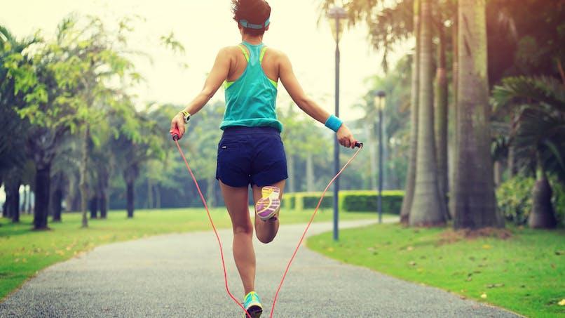 Comment intégrer la corde à sauter à son quotidien