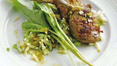 Côtes d'agneau, riz aux épinards