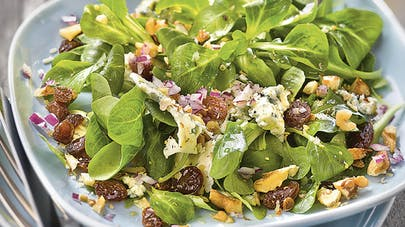 Salade de mâche à la fourme d'Ambert