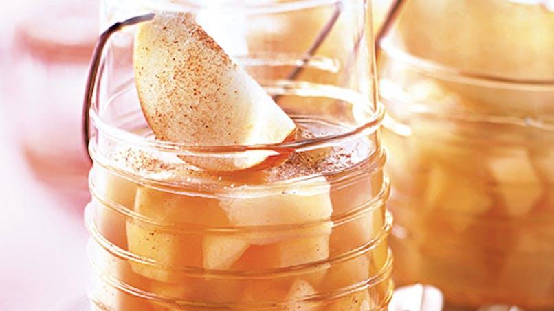 Verrine de pomme en gelée de réglisse