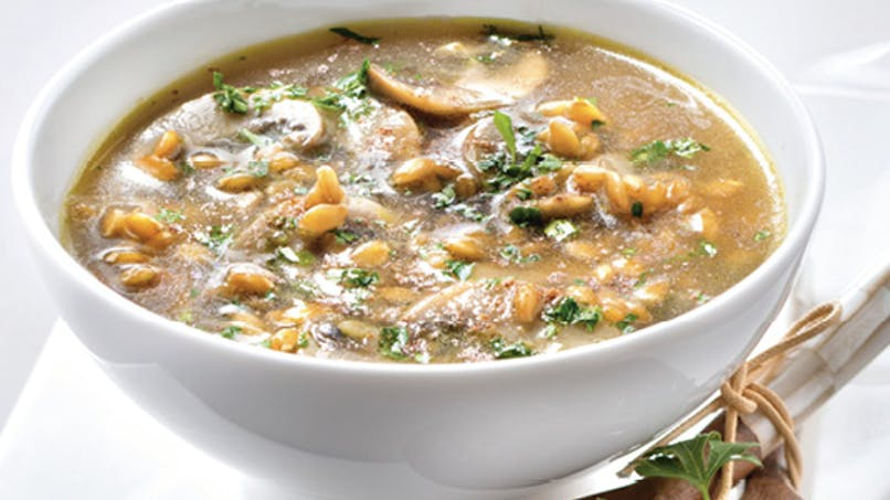 Soupe de champignons à l'épeautre