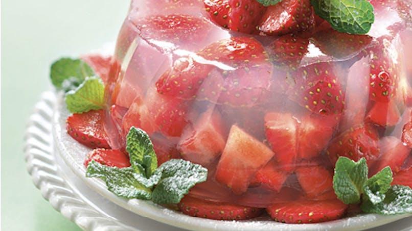 Couronne de fraises à la gelée d'hibiscus