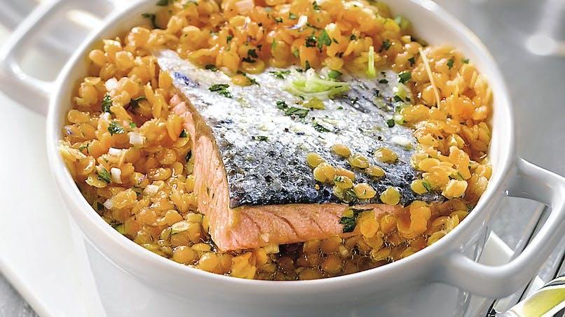 Cocotte de lentilles corail au saumon