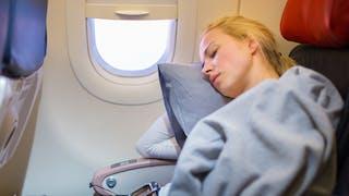 7 astuces scientifiques pour venir à bout du jet lag