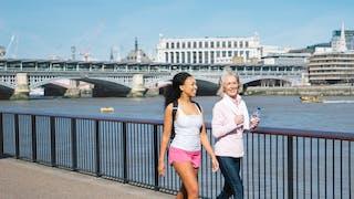 Risque d'AVC : le bénéfice de 35 minutes de marche par jour