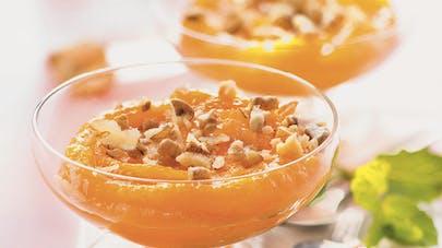 Compote d'abricots secs aux éclats de noix