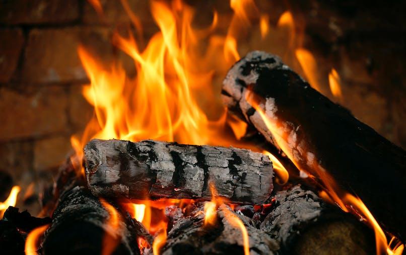 Chauffage au bois : comment le rendre moins polluant ?