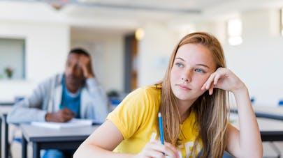4 conseils pour stimuler la confiance de votre adolescente