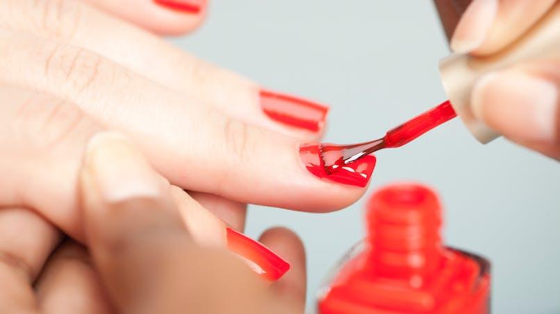 Existe-t-il des vernis à ongles non toxiques ?