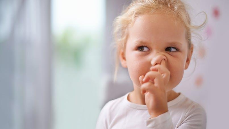 Hygiène : pourquoi il faut éviter de se décrotter le nez