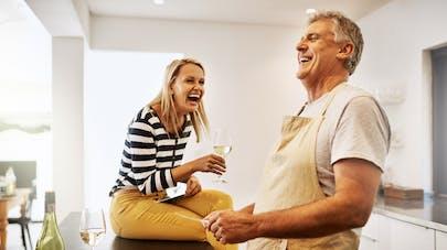 Couple : une étude rappelle l'importance du rire