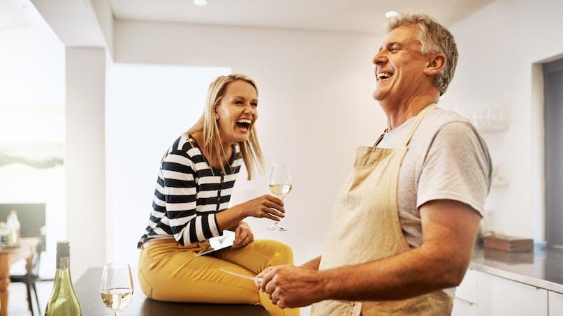 Couple : de l'importance de continuer à rire et à se taquiner