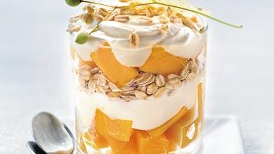 Trifle à la mangue et au tilleul