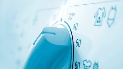 Lessive à 30°C : pas suffisant pour éradiquer le virus de la grippe
