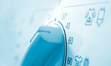 Laver ses vêtements à 30°C ne suffirait pas à éliminer le virus de la grippe