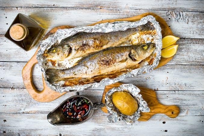 Bar frais, poisson cuit au four, cuisson en papillote