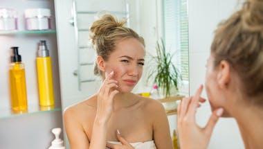 Comment aider votre ado qui souffre d'acné