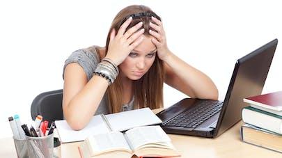 étudiante et stress