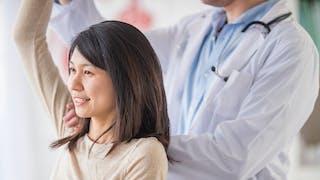Etirer son épaule : 3 exercices en cas de capsulite
