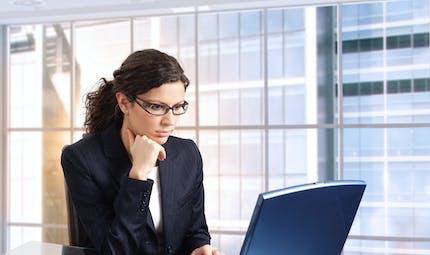 Travail sur ordinateur : attention aux répercussions rhumatologiques !
