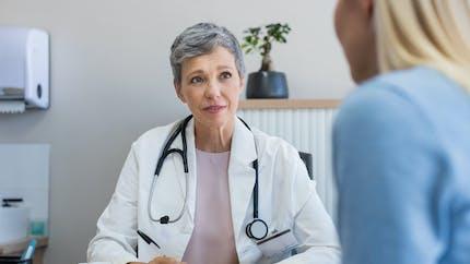 Médecines complémentaires : les patients ne disent pas à leur médecin qu'ils les utilisent !
