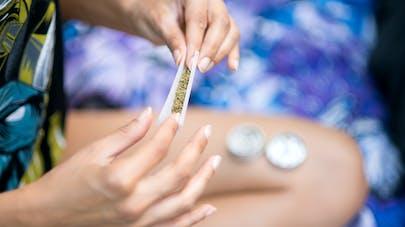 Cannabis à l'adolescence : un plus grand risque dépressif à l'âge adulte