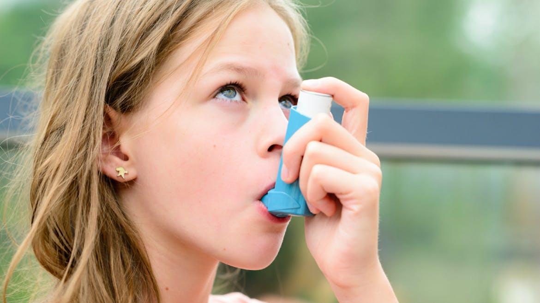 Effic'Asthme, un serious game pour mieux prendre en charge un enfant asthmatique
