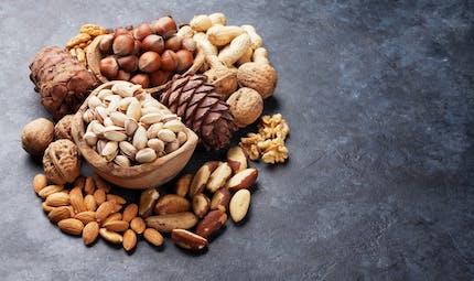 Diabète : manger régulièrement des fruits à coque diminuerait le risque cardiaque