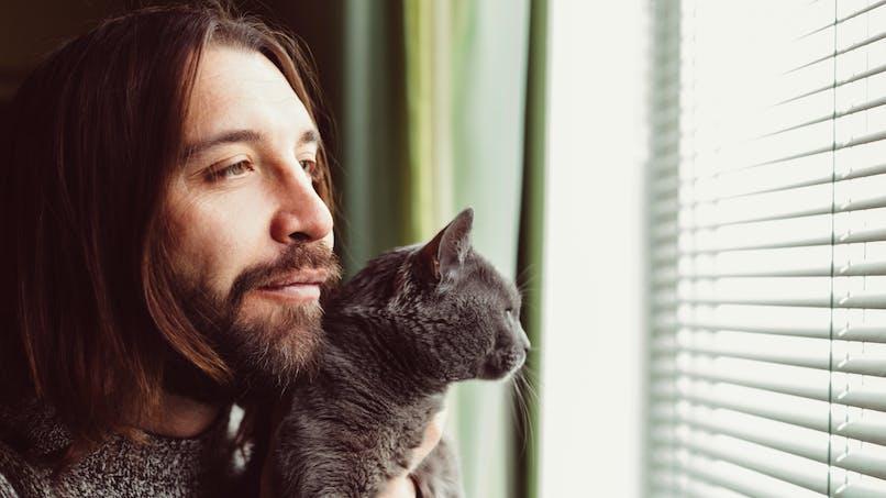 Si votre chat est taciturne, c'est peut-être parce que vous l'êtes aussi