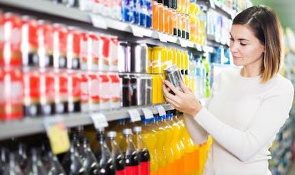 Pourquoi les boissons sucrées seraient déconseillées en cas de sclérose en plaques