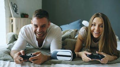 Jeux vidéo et couple, un tue-l'amour ?