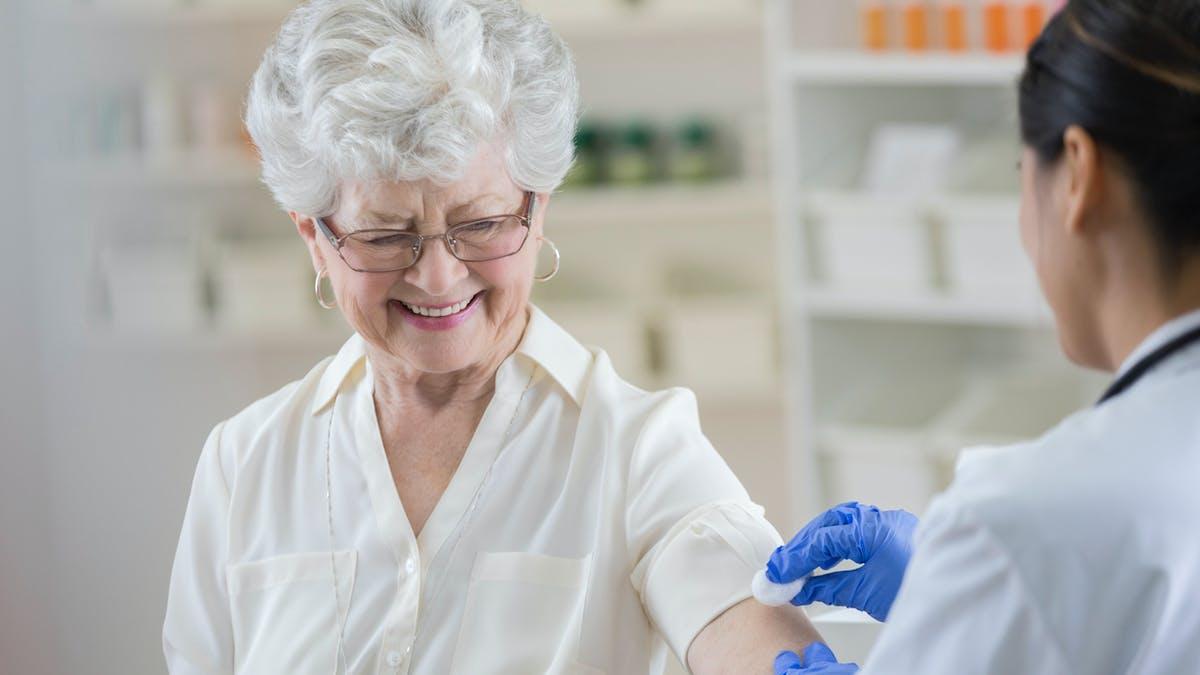 Bientôt un vaccin contre la grippe par la peau ?