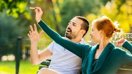 Arrêter de fumer en couple permet d'augmenter les chances de réussite