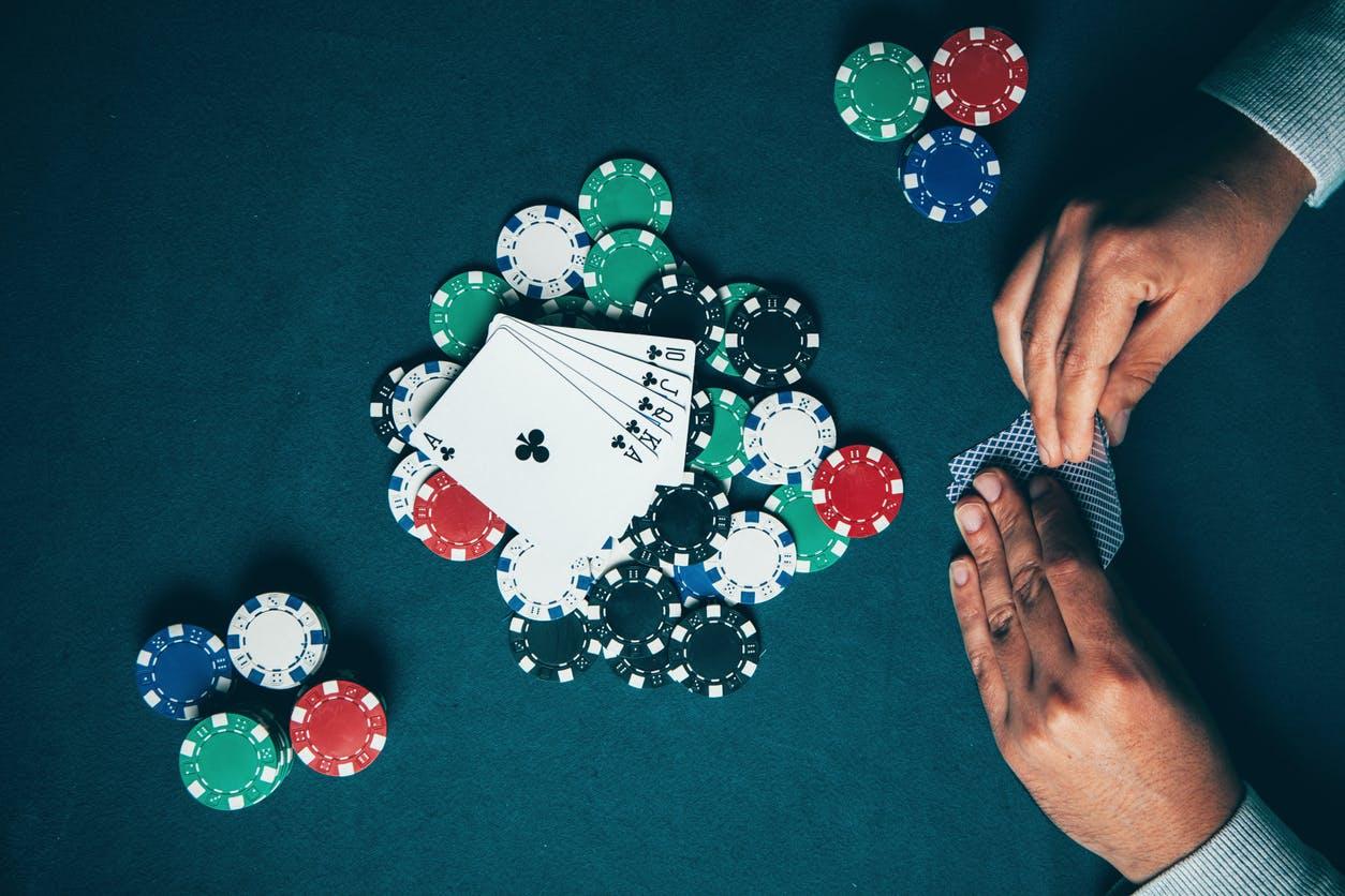 Accro aux jeux d'argent? Participez à une étude pour vous aider à en sortir