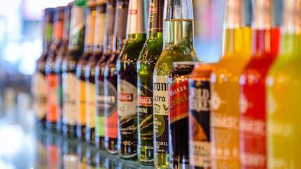 Alcool: une association démonte les méthodes des lobbies
