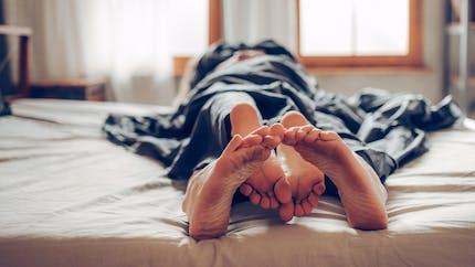 Les positions sexuelles dites profondes n'augmenteraient pas les chances de grossesse