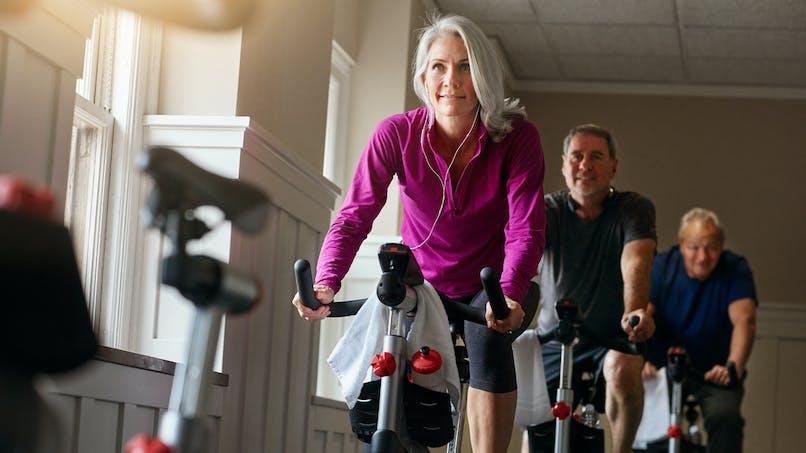 Ménopause : 1h de sprint à vélo chaque semaine pour éviter les effets indésirables