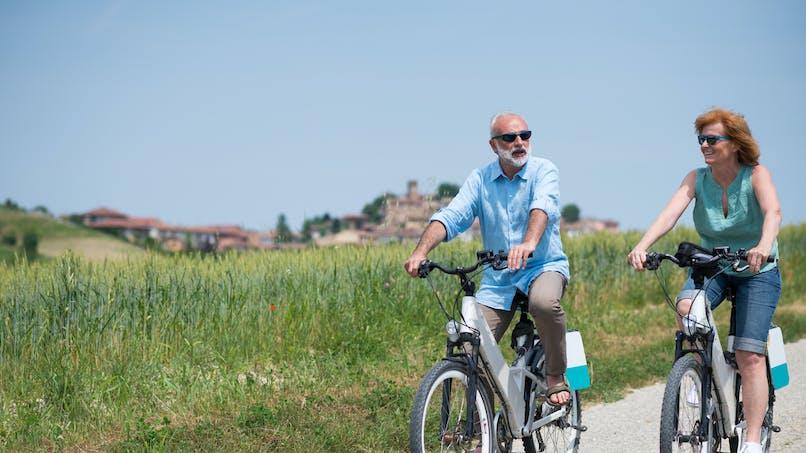 Le vélo électrique peut améliorer les performances mentales et le bien-être des seniors