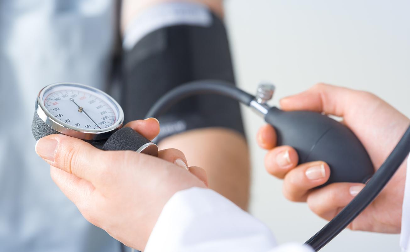 L'anxiété peut-elle causer de l'hypertension ? - Santé..