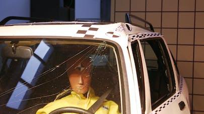 Accident de voiture : les places les plus à risque réévaluées