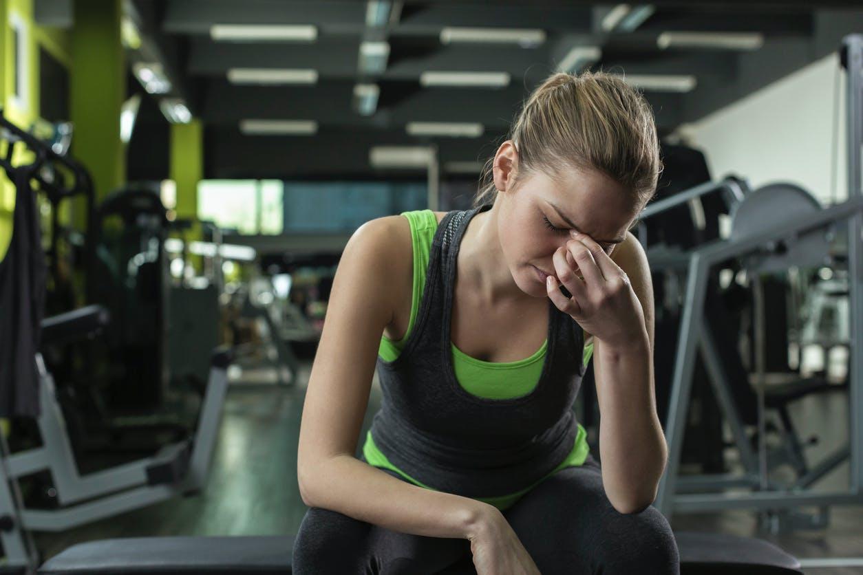Mal de tête après le sport : que faire ?   Santé Magazine