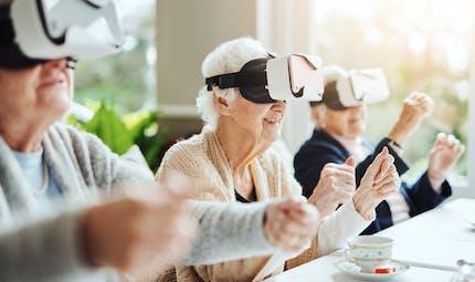 Maladie d'Alzheimer : un test de réalité virtuelle pour repérer les problèmes d'orientation