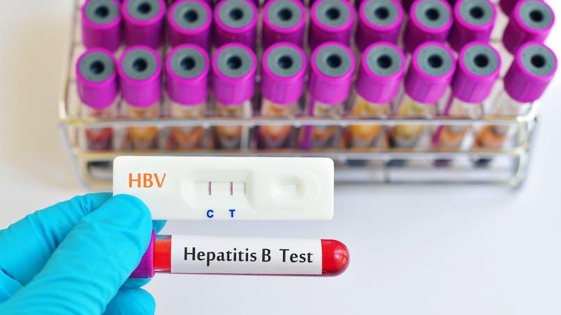 Comment se transmet l'hépatite B?