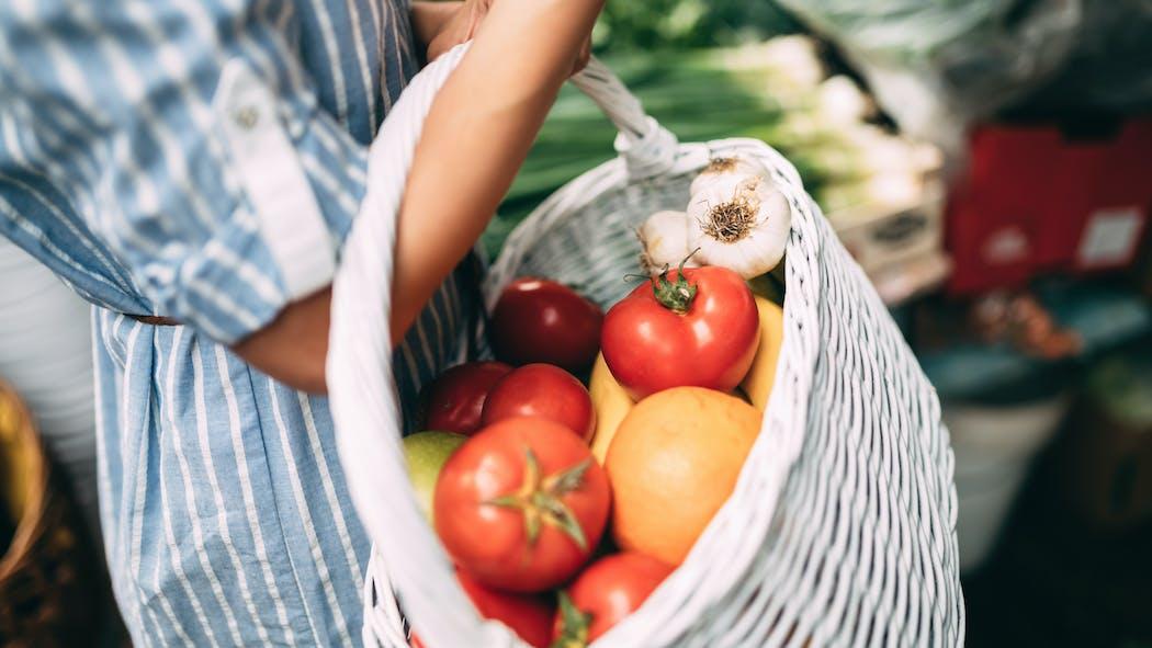 Quels sont les aliments de base du régime méditerranéen ?