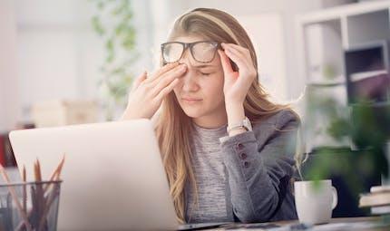 Comment gérer une migraine au travail