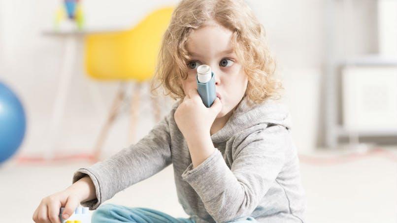 Asthme : pas de vacances pour le traitement de fond