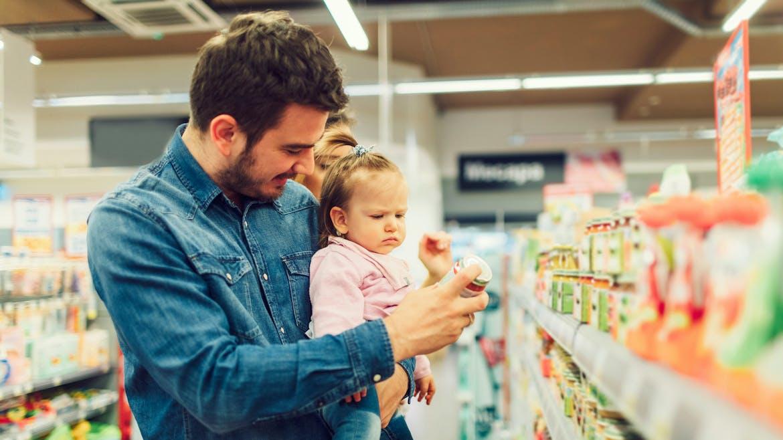 Alimentation infantile : les produits pour bébé seraient trop sucrés
