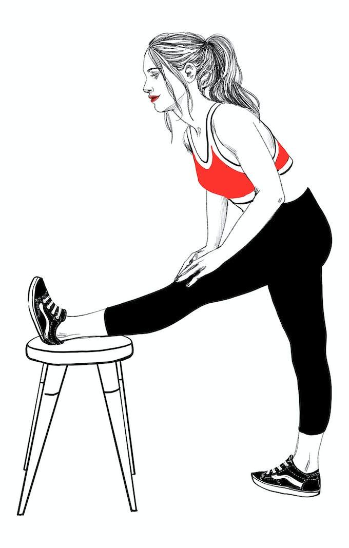 Exercice C étirer les muscles des deux cuisses